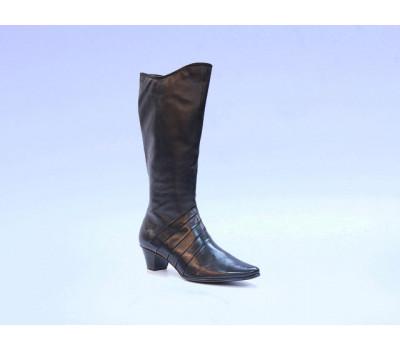 Демисезонные сапоги  Caprice кожаные черные 25516-23