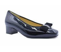 Модельные туфли Hassia из лакированной кожи черные