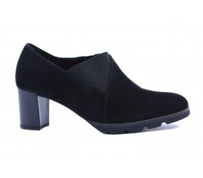 Демисезонные туфли Gabor замшевые черные 92102.47