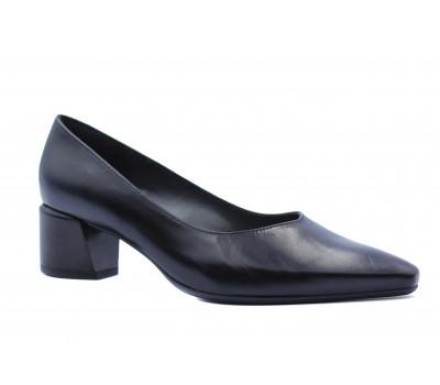 Туфли Peter Kaiser кожаные черные 48421-590