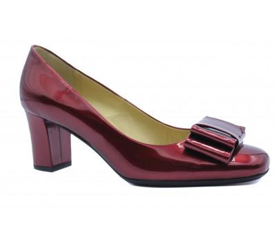 Модельные туфли Peter Kaiser из лакированной кожи бордовые 60833-190