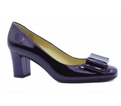 Модельные туфли Peter Kaiser из лакированной кожи фиолетовые 60833-182