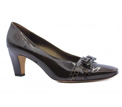 Модельные туфли Peter Kaiser из лакированной кожи коричневые 62617-696