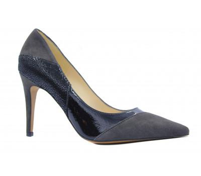 Модельные туфли Peter Kaiser замшевые черные с деталями из лакированной кожи серого цвета 65229-785