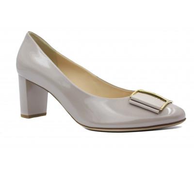 Модельные туфли Hogl из лакированной кожи бежевые 1-105085