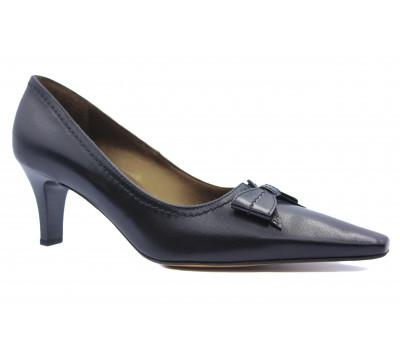 Модельные туфли Peter Kaiser кожаные черные 67675-100