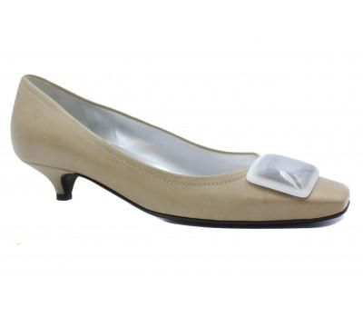 Модельные туфли K&S кожаные бежевые 38050-586