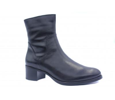 Зимние ботильоны Hogl кожаные черные 4-104915