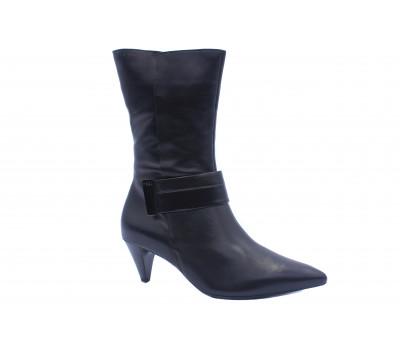 Демисезонные полусапоги Hogl кожаные черные 8-105830