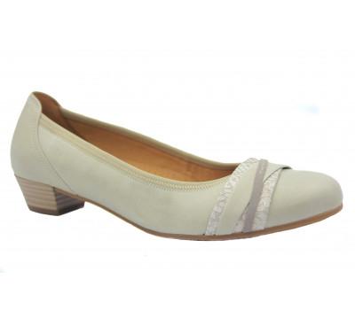 Туфли Gabor кожаные песочные 26226