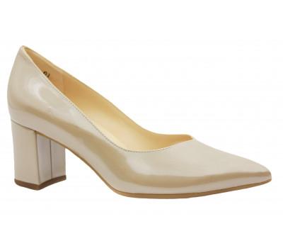 Модельные туфли Peter Kaiser из лакированной перламутровой кожи бежевые 67511-513