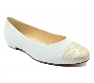 Балетки Hogl белые кожаные с лаковым мысом 9-101016