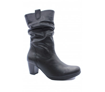 Демисезонные полусапоги Gabor кожаные черные 94684.87