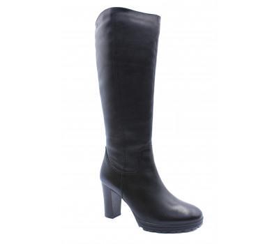 Сапоги зимние Caprice кожаные черные 26508-21