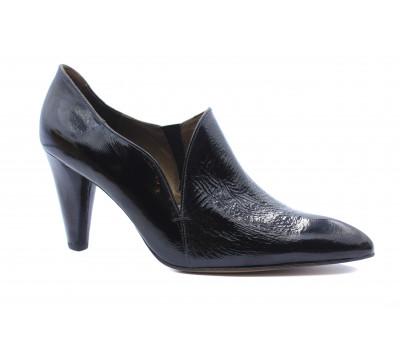 Закрытые туфли Peter Kaiser из лакированной кожи черные 75615-403