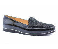 Демисезонные туфли  Tuffoni из крека черные с деталями из лакированной кожи