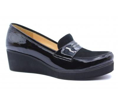 Туфли осенние Tuffoni замшевые черные с деталями из лакированной кожи 396