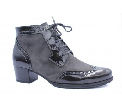 Ботинки Gabor серые замшевые, с деталями из лактрованной кожи 36668