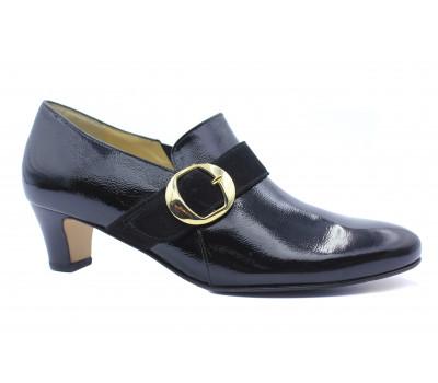 Демисезонные туфли Hassia из лакированной кожи черные 4-304654