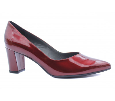 Модельные туфли Peter Kaiser из лакированной кожи бордовые 67211-575