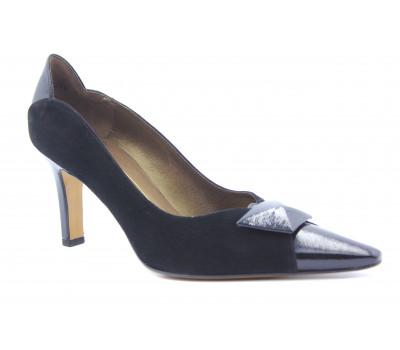 Модельные туфли Peter Kaiser замшевые черные 74609-529