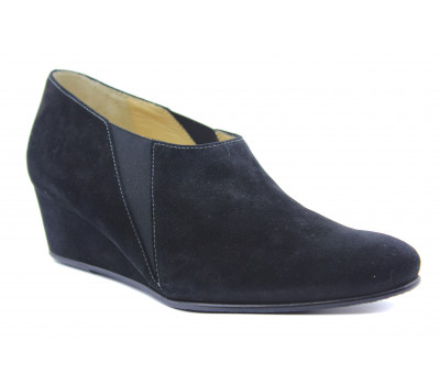 Закрытые туфли Hassia замшевые черные 4-304742