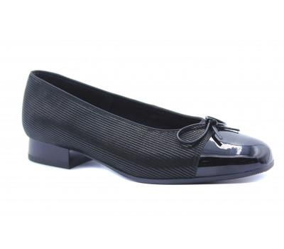 Балетки Ara замшевые черные с деталями из лака 43708-97