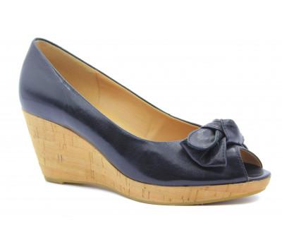 Туфли Gabor кожаные черные на танкетке 25601