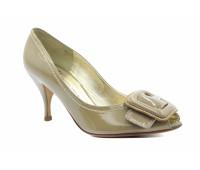 Модельные туфли K&S из лакированной кожи бежевые