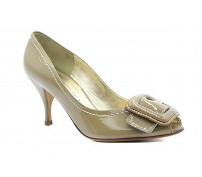 Модельные туфли K&S из лакированной кожи бежевые 73510-378